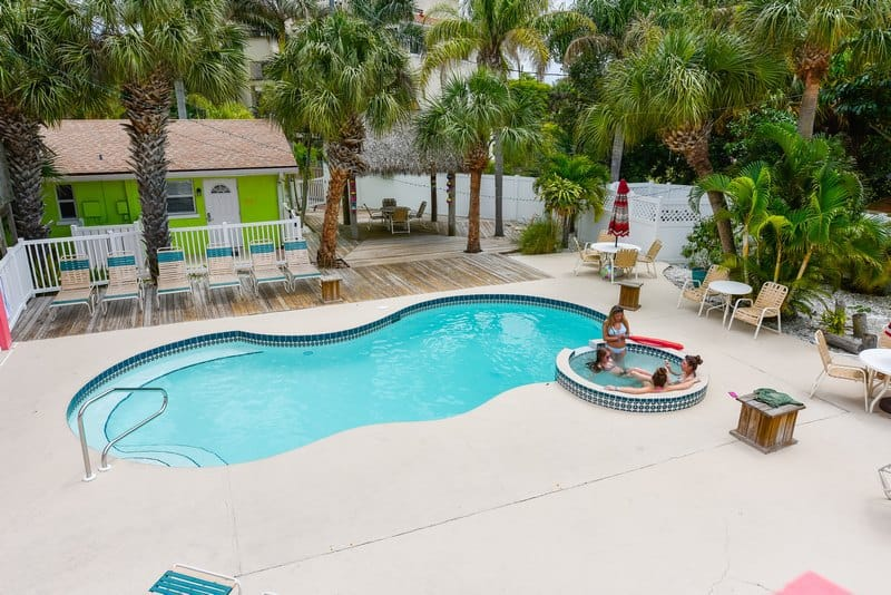 beach vacation rentals siesta key